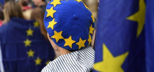 Près de deux ans après le vote, le Brexit pose encore questions. Les Britanniques multiplient les demandes d'obtention de la nationalité française. Photo de Paul ELLIS/AFP.