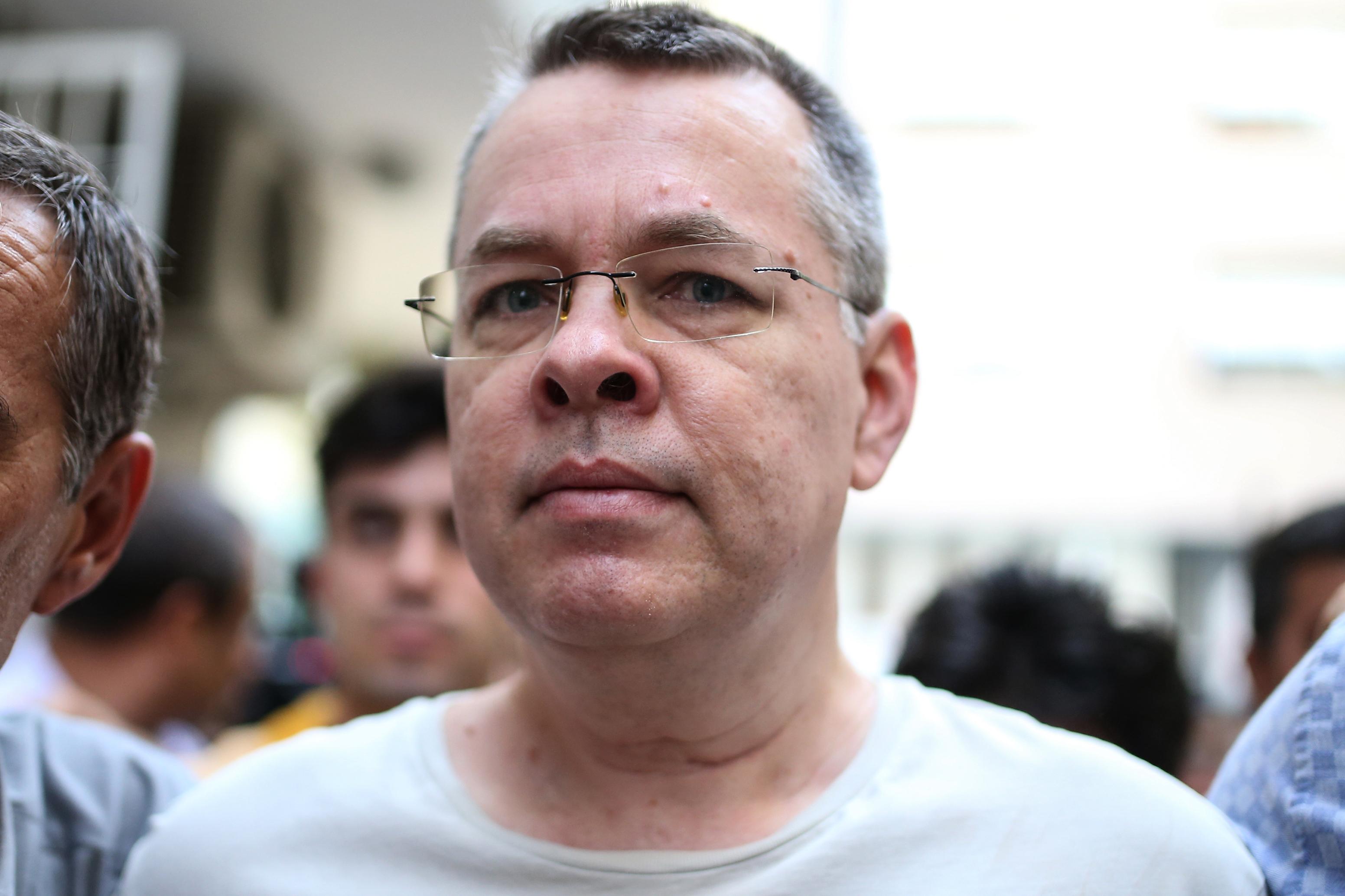 """Arrêté en, 2016 pour """"soutien à des organisations terroriste"""", le pasteur Brunson vient d'être libéré. Crédit photo : AFP."""