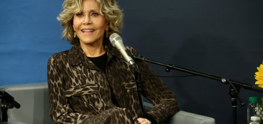 NEW YORK, NY - SEPTEMBER 19: Oscar Winner Jane Fonda is interviewed during SiriusXM's Town Hall in New York at SiriusXM Studios on September 19, 2018 in New York City.   Astrid Stawiarz/Getty Images for SiriusXM/AFP